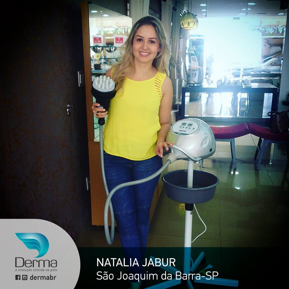 Natalia Jabur, Cosmetóloga e Esteticista em S. Joaquim da Barra-SP, escolheu o Vibrocell - Endermoterapia Vibratória ESTEK.